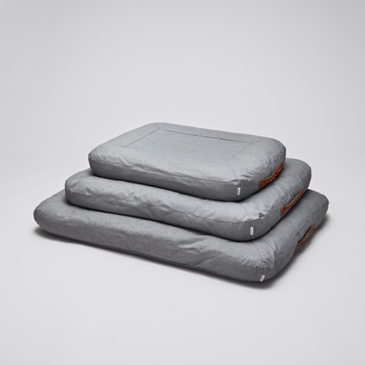 DOG BED DREAM HEATHER GREY